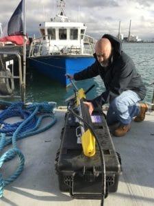 Mise en location du sonar à balayage latéral Klein Marine Systems MA-X View 600